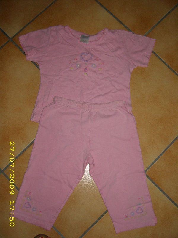 0df1c575af3a0 pyjama deux pièces 5 ans 2€